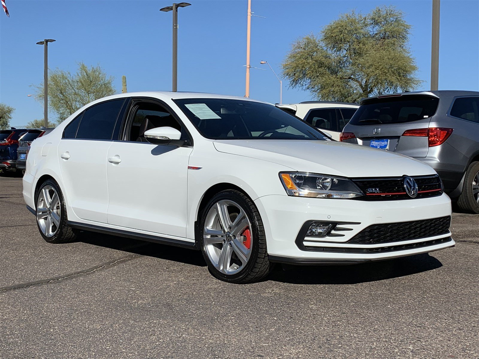 Pre-Owned 2016 Volkswagen Jetta Sedan 2.0T GLI SE